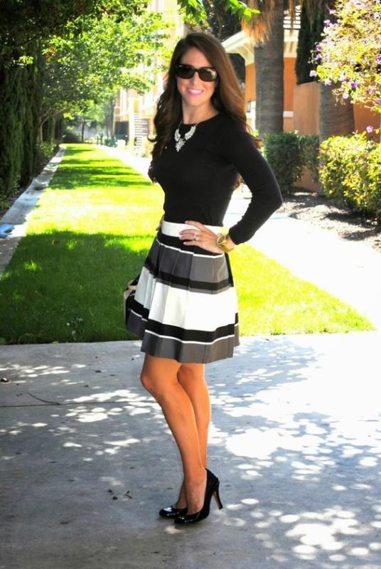 horizontal-stripes-13 77+ Elegant Striped Outfit Ideas and Ways to Wear Stripes