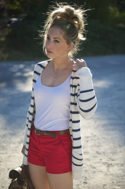 horizontal-stripes-3 77+ Elegant Striped Outfit Ideas and Ways to Wear Stripes