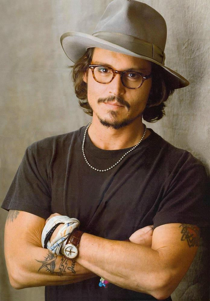 johnnydepp_fedora01 15 Male Celebrities Fashion Trends for Summer 2020