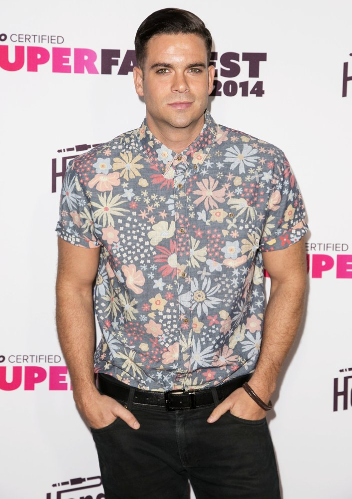 mark-salling-vevo-certified-superfanfest-02 15 Male Celebrities Fashion Trends for Summer 2018