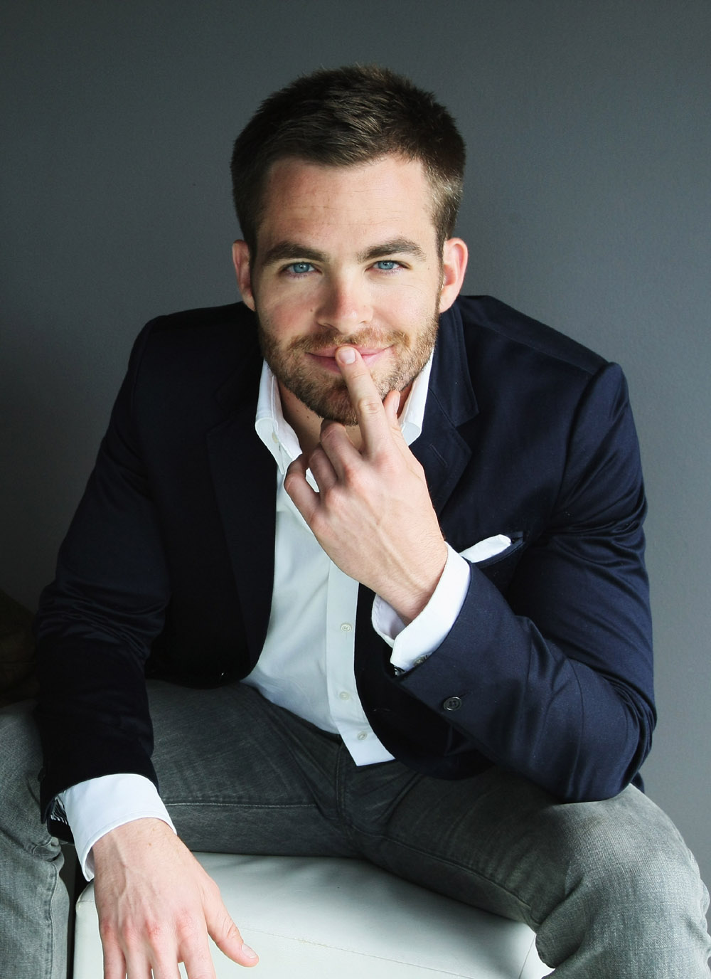 star-trek-chris-pine 15 Male Celebrities Fashion Trends for Summer 2020