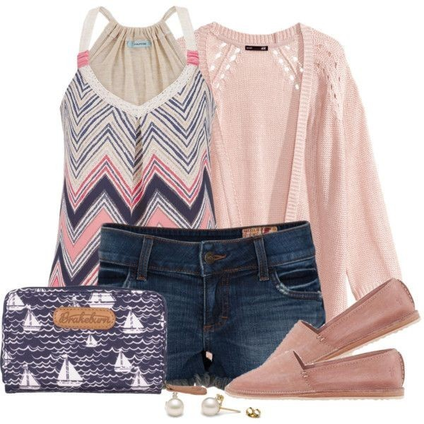 striped-outfit-ideas-111 89+ Awesome Striped Outfit Ideas for Different Occasions