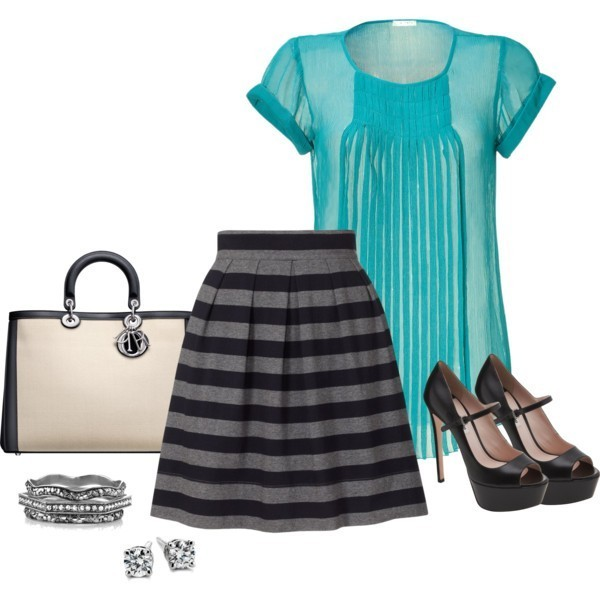 striped-outfit-ideas-51 89+ Awesome Striped Outfit Ideas for Different Occasions