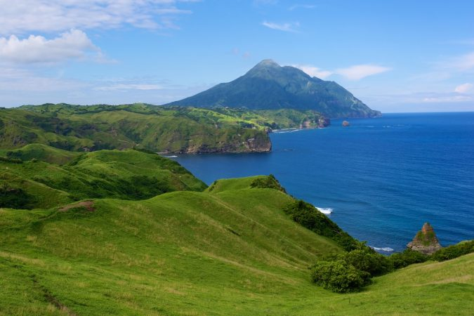 Batanes-Island-philippines-675x450 Top 10 Most Attractive Places you Should Visit in Philippines