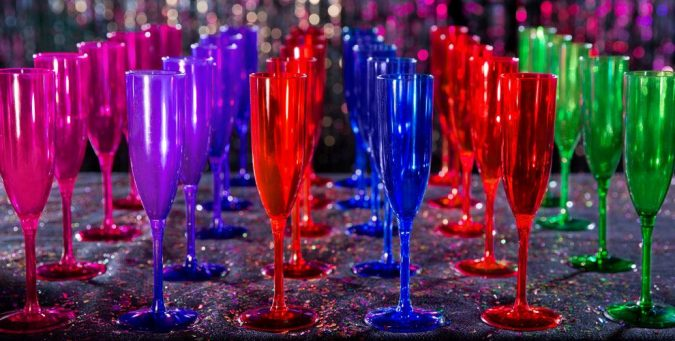 Champagne-cups-675x341 25+ New Year Eve Decoration Ideas for a Blasting Party
