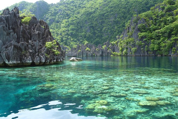 Coron-Island-Palawan-2-675x450 Top 10 Most Attractive Places you Should Visit in Philippines