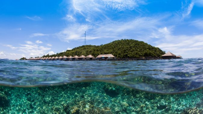 Huma-Island-Palawan-diving-675x380 Top 10 Most Attractive Places you Should Visit in Philippines