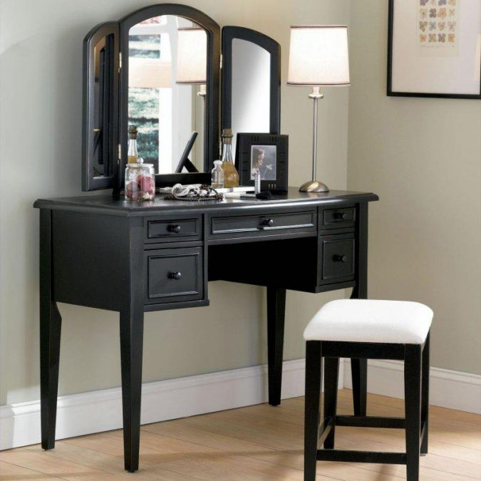 Lavish-black-vanity-powell-boulevard-antique-black-675x675 15 Stylish Bedroom & Bathroom Vanities DIY Ideas in 2020
