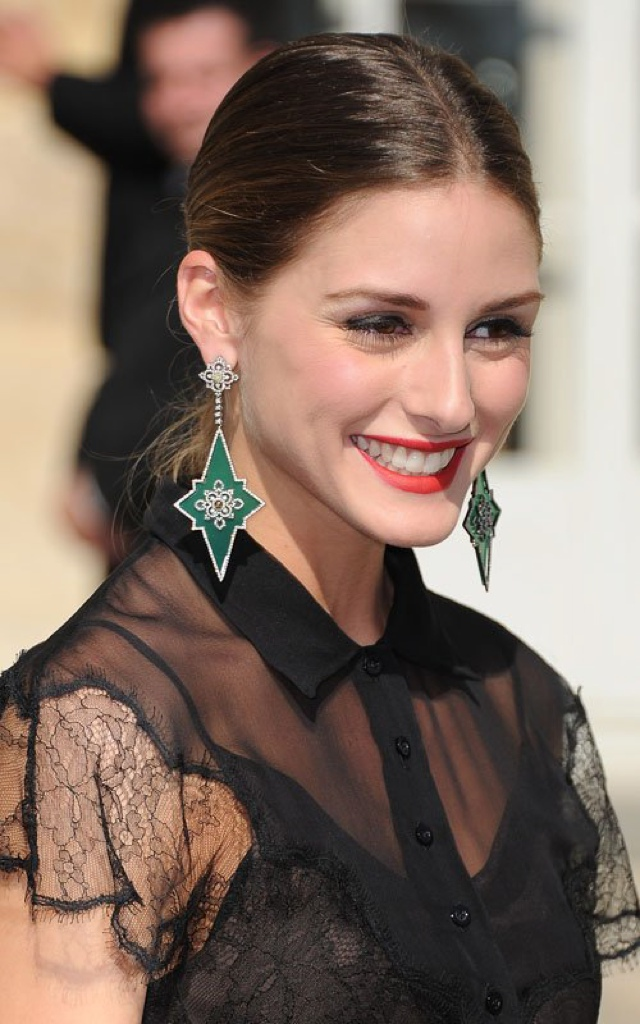 Olivia-Palermo-Wearing-Statement-Earrings1 How 10 Tips Will Change the Way Indian Women Buy Trendy Fashion Jewelry