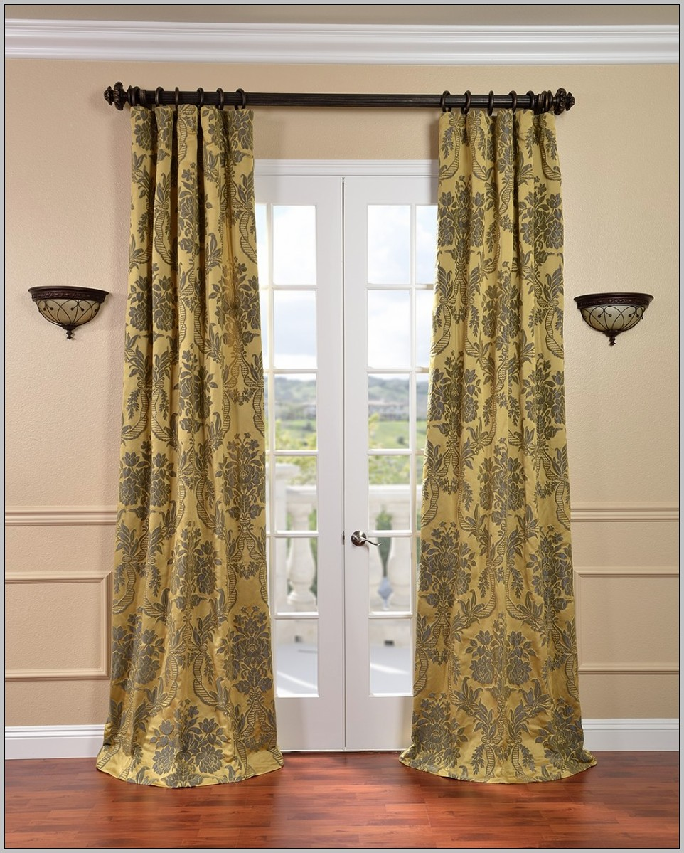 black-and-green-patterned-curtains 20+ Hottest Curtain Design Ideas for 2021