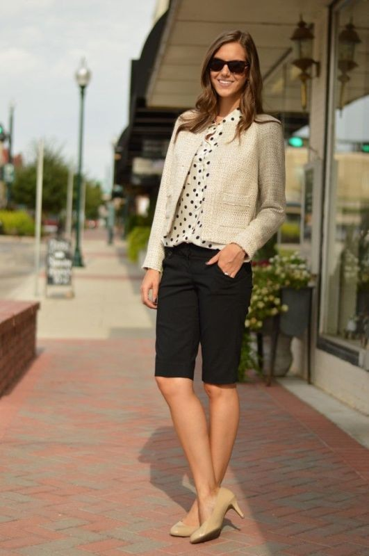 black-and-white-color-combination-11-1 87+ Spring & Summer Office Outfit Ideas for Business Ladies 2018