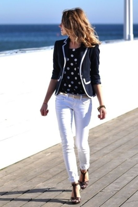black-and-white-color-combination-12-1 87+ Spring and Summer Office Outfit Ideas for Business Ladies 2019