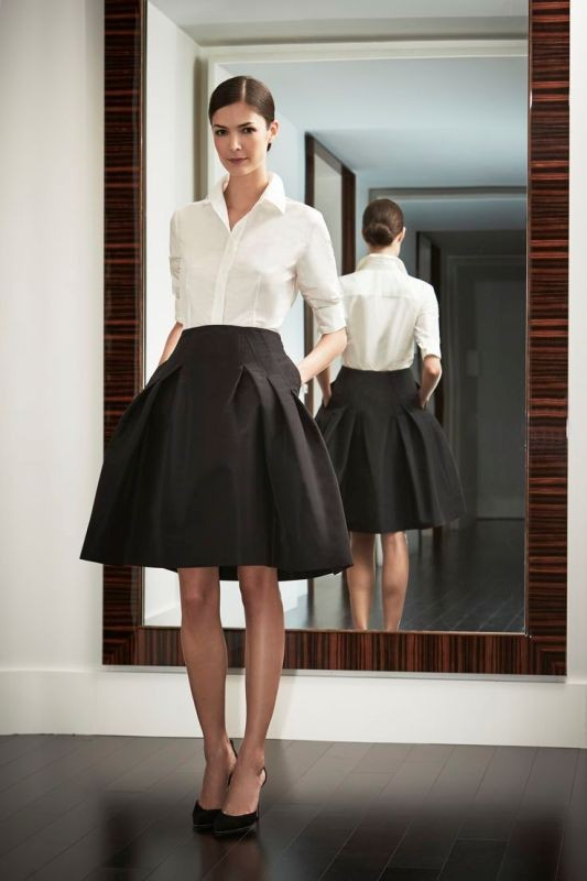 black-and-white-color-combination-18-1 87+ Elegant Office Outfit Ideas for Business Ladies in 2020