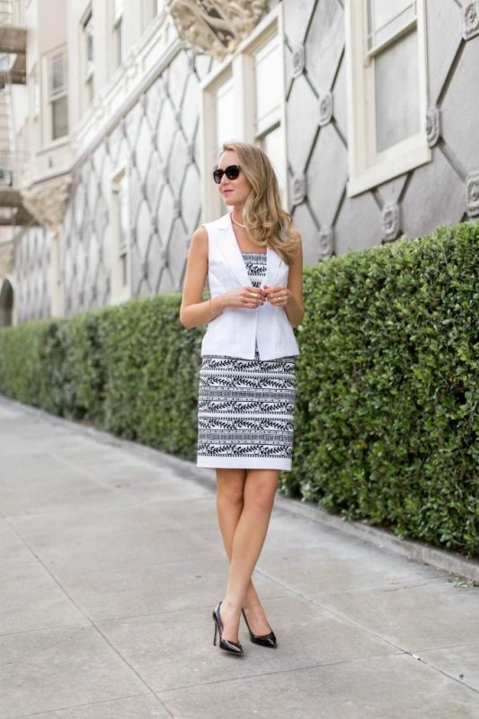 black-and-white-color-combination-19-1 87+ Spring and Summer Office Outfit Ideas for Business Ladies 2019