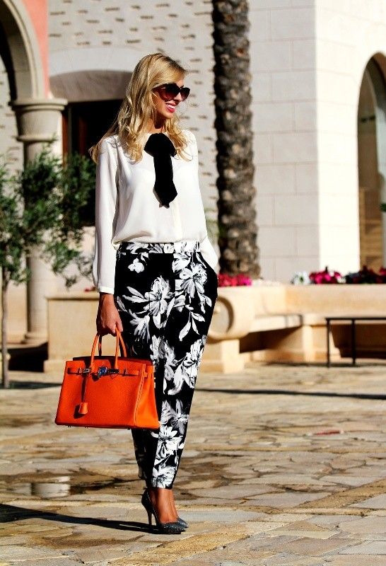 black-and-white-color-combination-25-1 87+ Spring and Summer Office Outfit Ideas for Business Ladies 2019