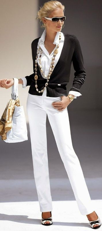 black-and-white-color-combination-5-1 87+ Elegant Office Outfit Ideas for Business Ladies in 2020