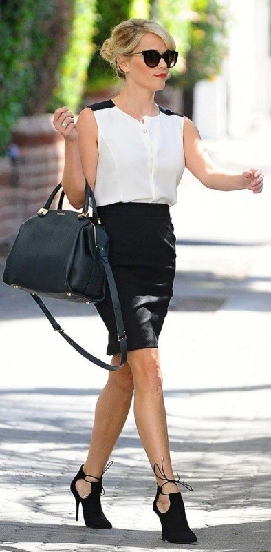 black-and-white-color-combination-6-1 87+ Spring and Summer Office Outfit Ideas for Business Ladies 2019