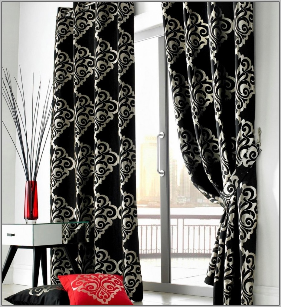 black-and-white-floral-curtains-for-bedroom 20+ Hottest Curtain Designs for 2019