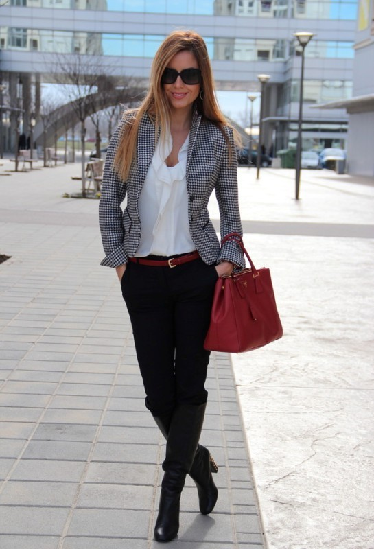 blazers-9-2 83+ Fall & Winter Office Outfit Ideas for Business Ladies 2020
