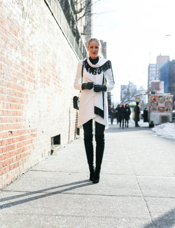 boots-and-tights-10-2 83+ Fall & Winter Office Outfit Ideas for Business Ladies 2020