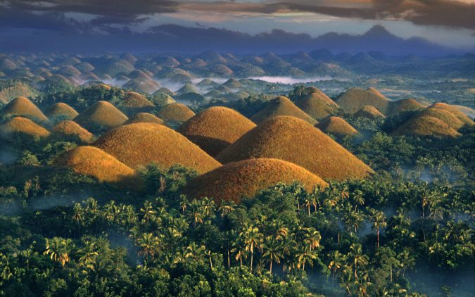 chocolate-hills-PHIL-675x422 Top 10 Most Attractive Places you Should Visit in Philippines