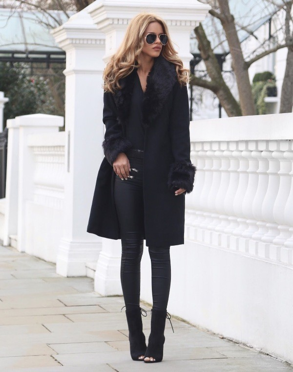 coats-and-jackets-10-2 83+ Fall & Winter Office Outfit Ideas for Business Ladies 2020