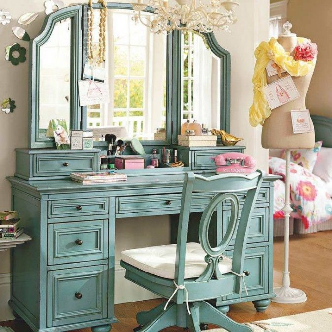 colored-vanity-675x675 15 Stylish Bedroom & Bathroom Vanities DIY Ideas in 2020