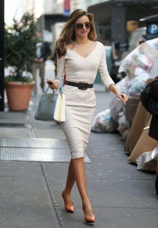 dresses-for-work-19-1 87+ Elegant Office Outfit Ideas for Business Ladies in 2021