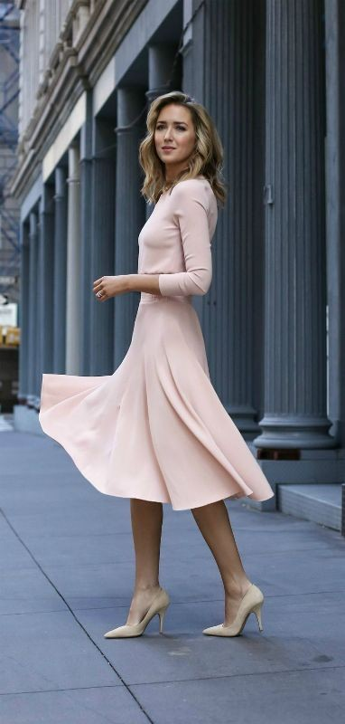 dresses-for-work-5-1 87+ Elegant Office Outfit Ideas for Business Ladies in 2021