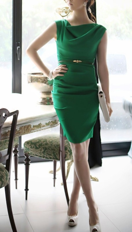 dresses-for-work-8-1 87+ Elegant Office Outfit Ideas for Business Ladies in 2021