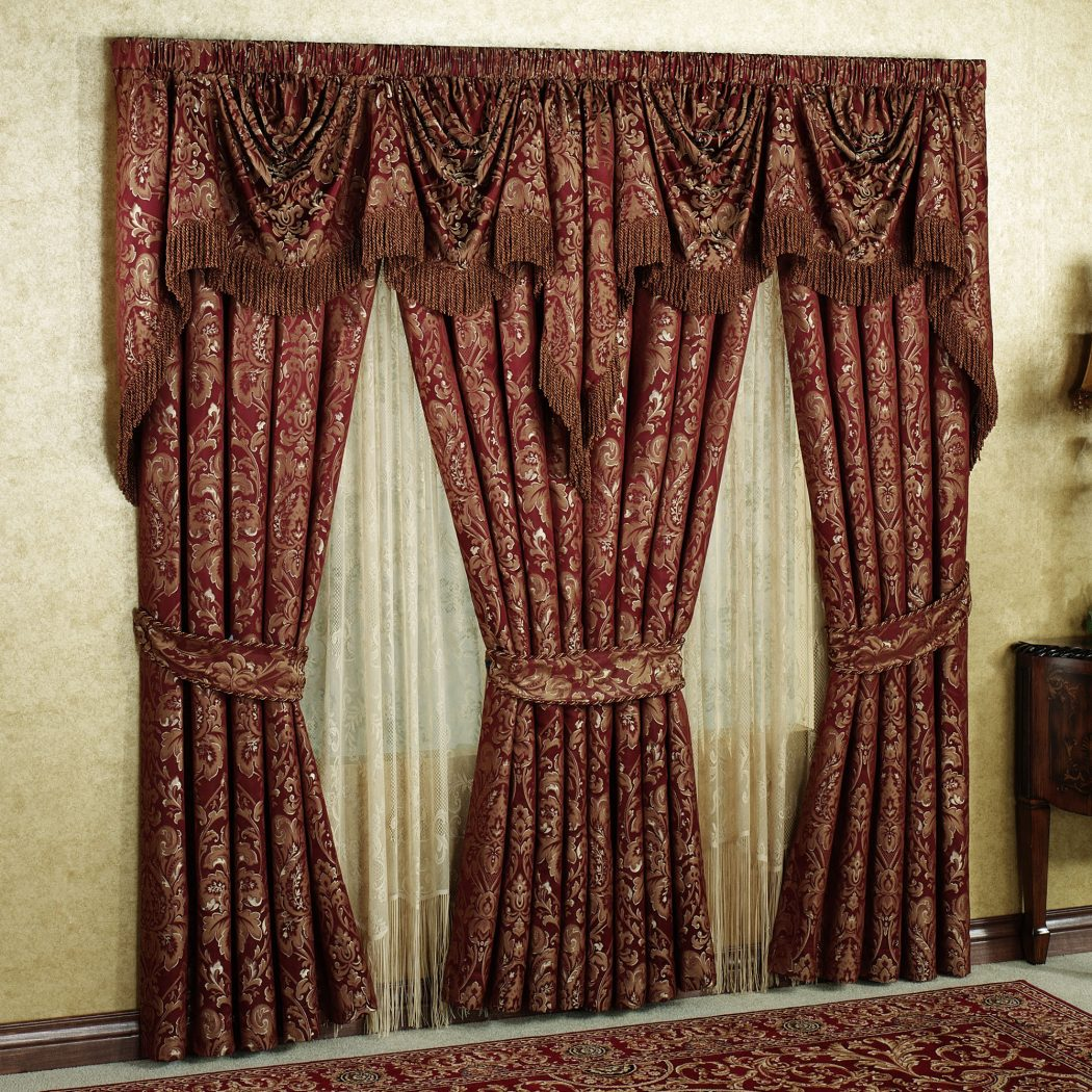 elegance-living-room-curtain-designs-2015_red-damask-pattern-vertical-curtan_red-damask-fabric-windows-valance_red-fabric-curtain-tie-back_red-floral-pattern-area-rug 20+ Hottest Curtain Design Ideas for 2021