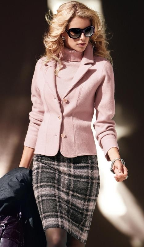 fall-and-winter-office-outfits-14-2 83+ Fall & Winter Office Outfit Ideas for Business Ladies 2020