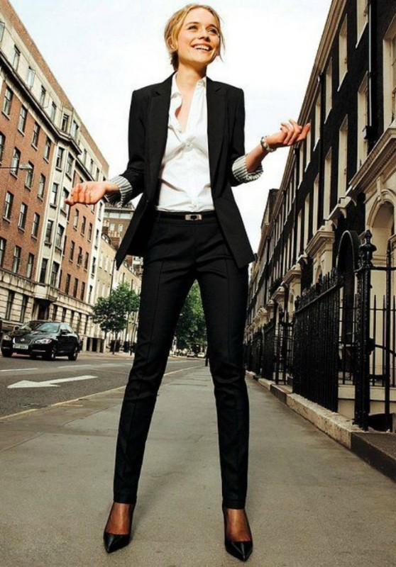 pantsuits-8-1 87+ Spring and Summer Office Outfit Ideas for Business Ladies 2019