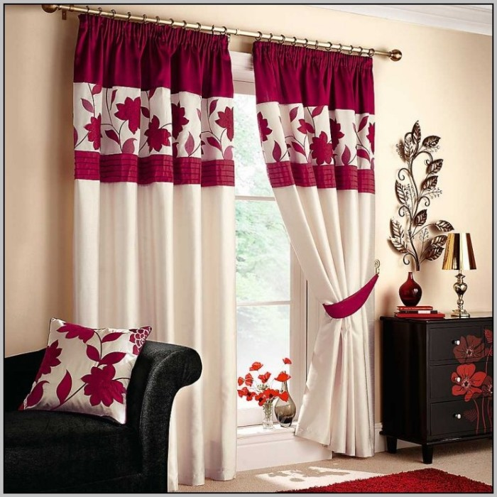 red-and-white-curtains-for-bedroom-700x700 20+ Hottest Curtain Designs for 2019