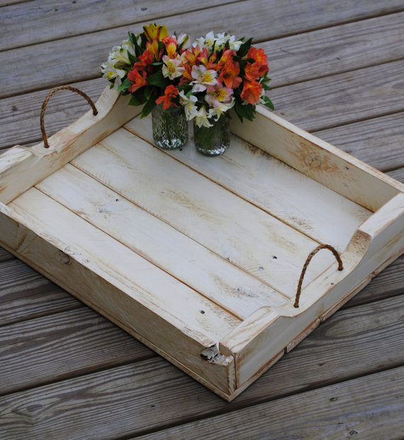 rustic-rope-serving-tray 11 Charming Rustic Home Decors & Living Sets Trends in 2018