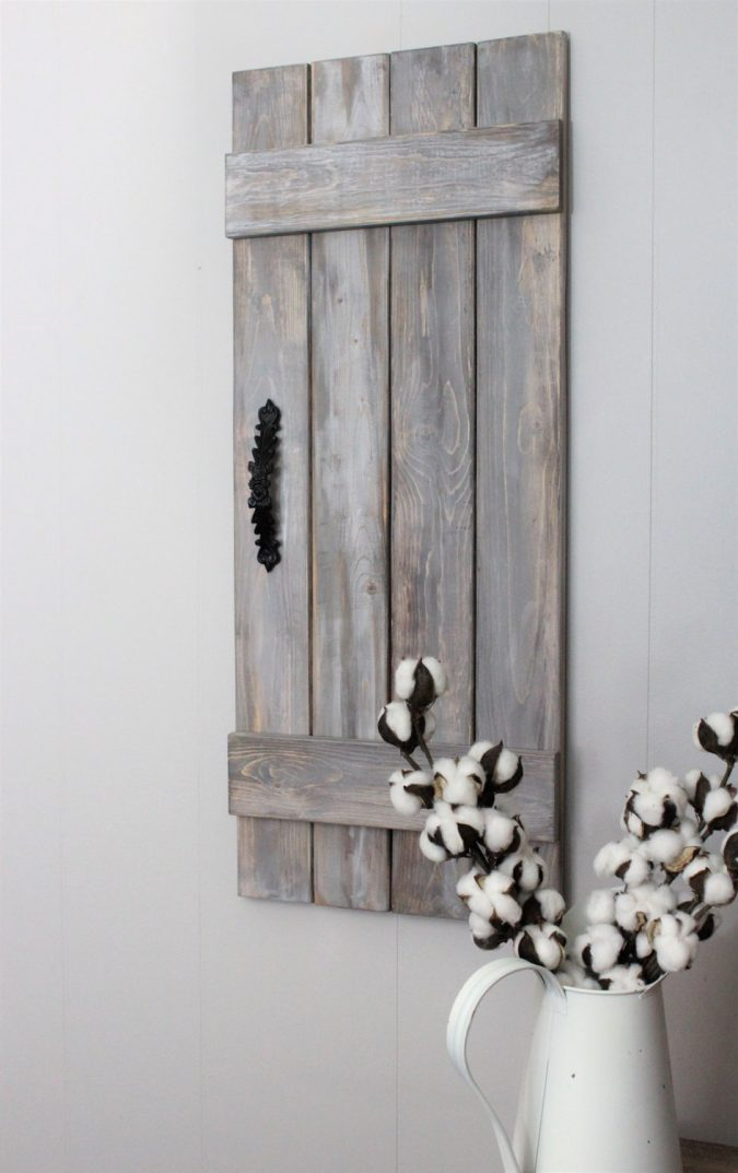 rustic-shutter-675x1073 11 Charming Rustic Home Decors & Living Sets Trends in 2018