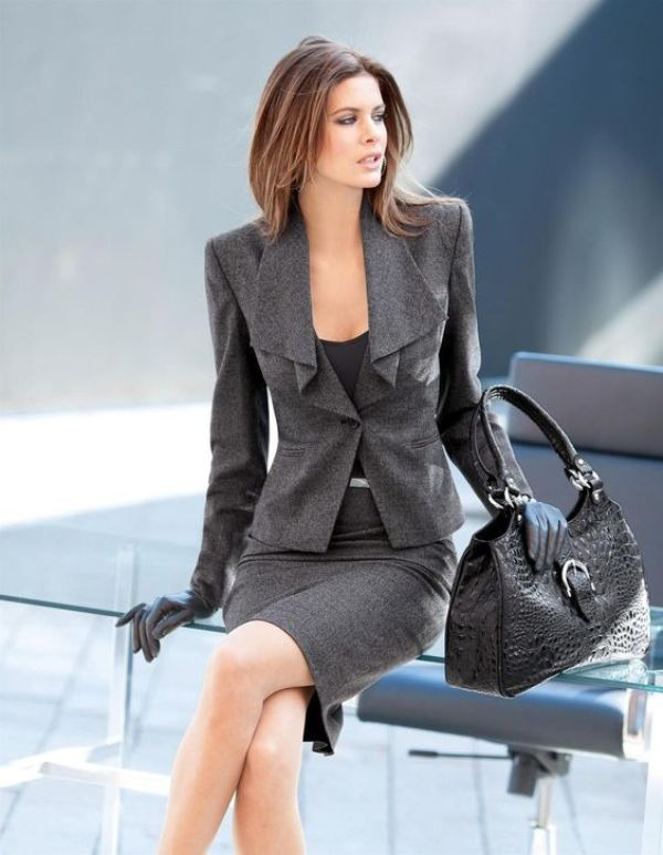 skirts-for-work-29-1 87+ Elegant Office Outfit Ideas for Business Ladies in 2020