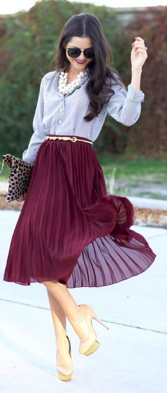 skirts-for-work-7-1 87+ Elegant Office Outfit Ideas for Business Ladies in 2021