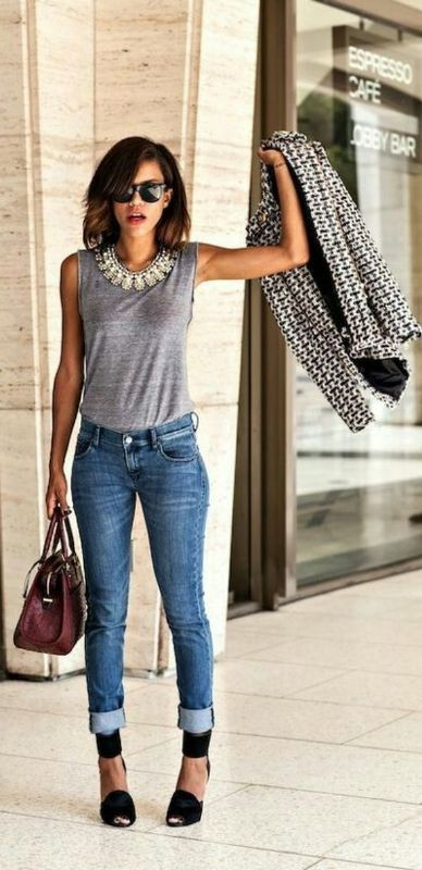 sleeveless-blouses-and-tank-tops-19-1 87+ Spring and Summer Office Outfit Ideas for Business Ladies 2019