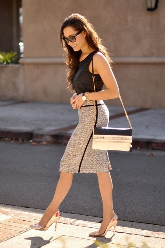 sleeveless-blouses-and-tank-tops-5-1 87+ Spring & Summer Office Outfit Ideas for Business Ladies 2018