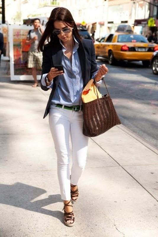 spring-and-summer-office-outfit-ideas-18-1 87+ Elegant Office Outfit Ideas for Business Ladies in 2021
