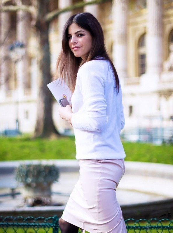 sweaters-10-2 83+ Fall & Winter Office Outfit Ideas for Business Ladies 2020