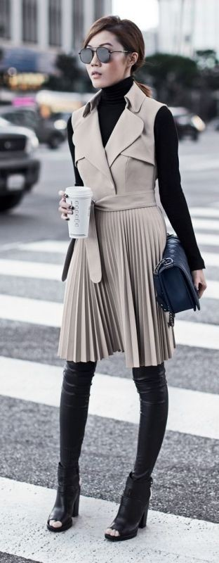 turtlenecks-12-2 83+ Fall & Winter Office Outfit Ideas for Business Ladies 2020