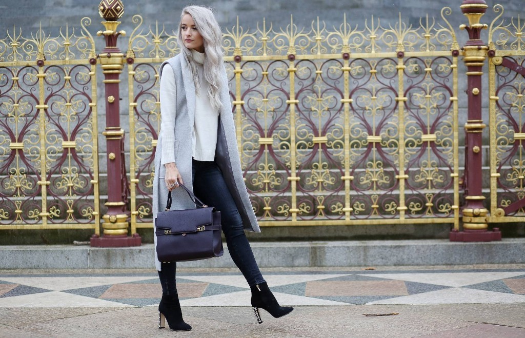 winter-sweaters-12-2 83+ Fall & Winter Office Outfit Ideas for Business Ladies 2020