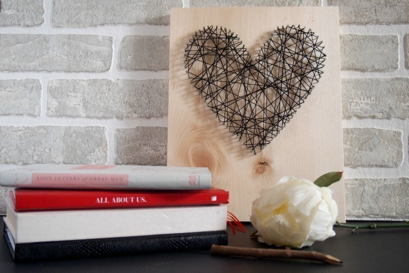 Mothers-Day-String-heart-art-idea 35 Unexpected & Creative Handmade Mother's Day Gift Ideas