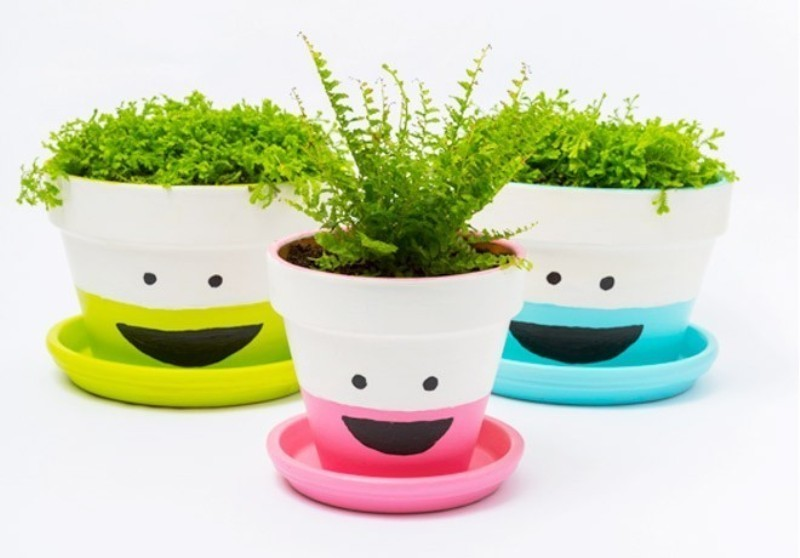 Mothers-Day-plant-pots-1 35 Unexpected & Creative Handmade Mother's Day Gift Ideas