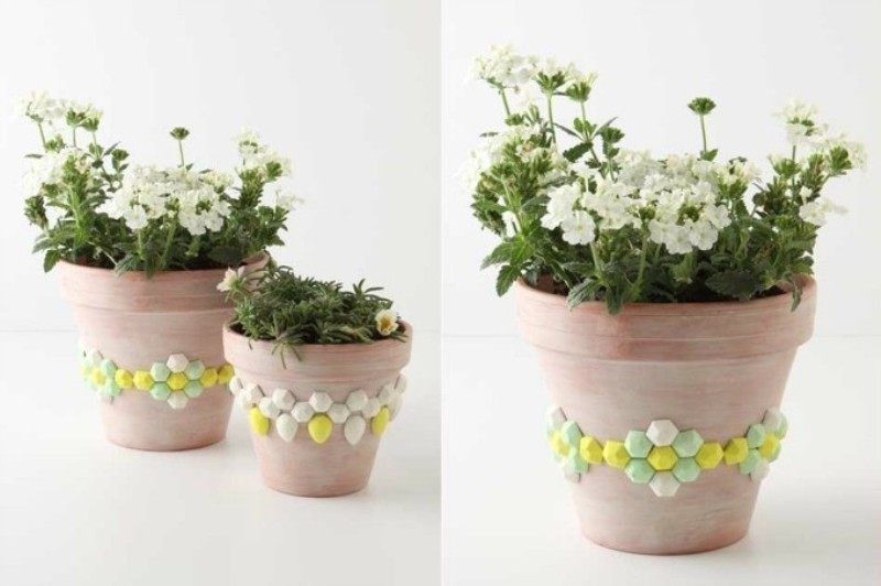 Mothers-Day-plant-pots-3 35 Unexpected & Creative Handmade Mother's Day Gift Ideas
