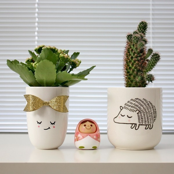Mothers-Day-plant-pots-7 35 Unexpected & Creative Handmade Mother's Day Gift Ideas