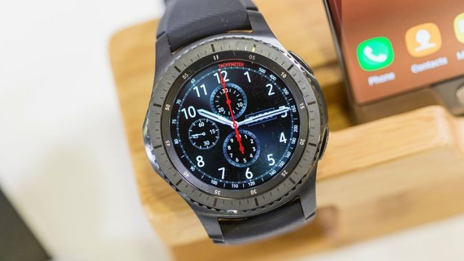 Samsung-Gear-S3-Frontier-675x380 5 Best Smartwatches For The Geek In You