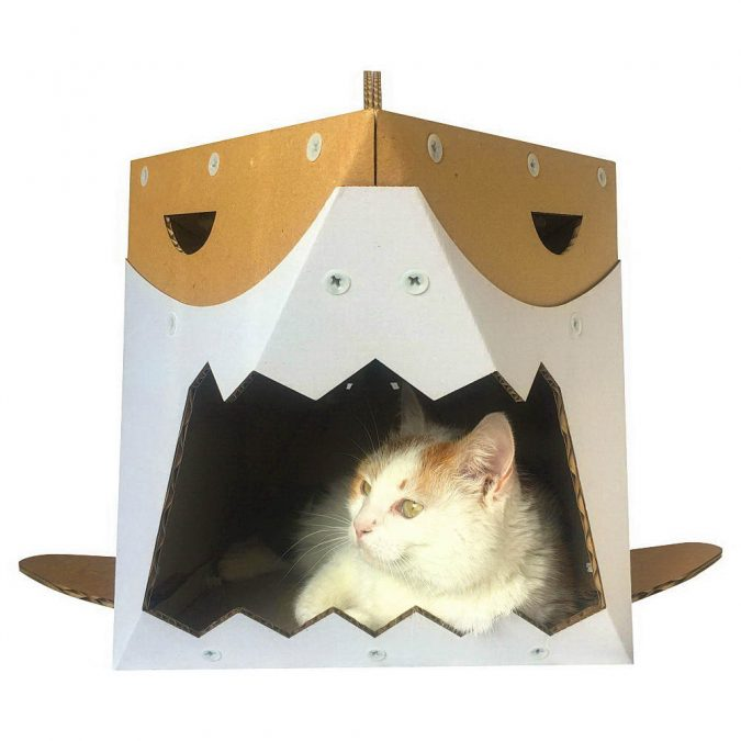 Shark-Cardboard-Cat-House-675x675 16 Stylish Cat Furniture Pieces for Cat Lovers